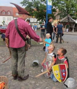 Ritterschlag bei den Kinderritterspielen